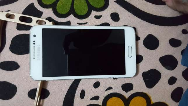 Samsung A3 only 3 months used. Kizingo - image 1