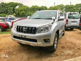Toyota Prado Petrol 2010 model. KCP number Loaded with Alloy rims, g