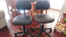 2 x office chairs for sale