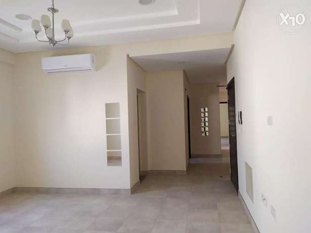 Spacious 3 BHK - ACs installed & With huge balcony