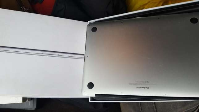 Extra mint Yankee used 256gb 8gb MacBook pro 2015 for sale for low prc Ibadan Central - image 3