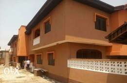 Renovated Spacious 2 Bedroom Ensuite Flat, With Guest Toilet Ado, Ajah