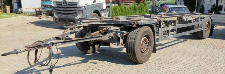Schmitz Cargobull AWF 18 / SAF Achsen / Standard - 2010
