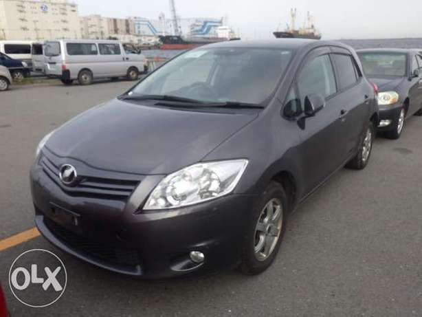 Toyota Auris Color grey KCP number Mombasa Island - image 4