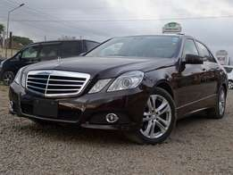 2010 Model Mercedes Benz E350 model brown colour Excellent condition