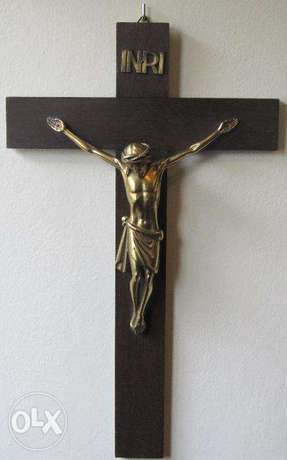 Vintage wood and brass wall Crucifix Cross Jesus Christ INRI