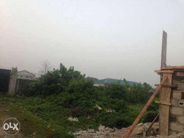 1 fenced plot of land in a residential environment Aja - image 2