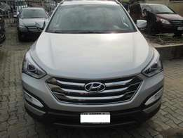 Very Neatly Used Hyundai Santa-fe 014, Registered