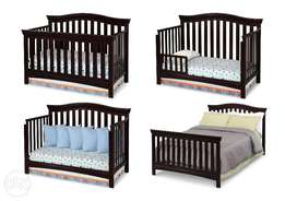 U.S Used Summer Infant 4 in 1 Convertible Crib