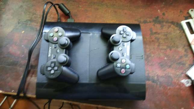 Ps3 console with 2pads Shabab - image 1