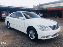 Toyota crown (trade in aaccepted)