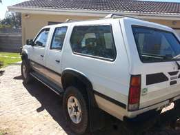 Nissan Sani V6 4x4 Executive This is a must see get in and drive