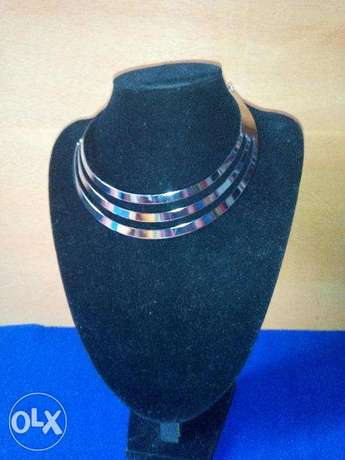 3 layer chunky necklace Lokogoma - image 1