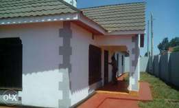3bdrm bungalow new hse in ngoingwa thika in 50x100 plot