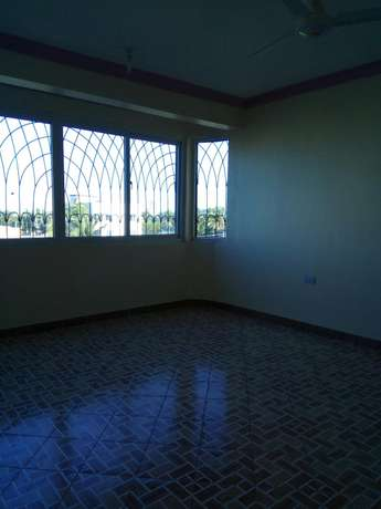 Executive one bedroom hse to let Bamburi - image 1
