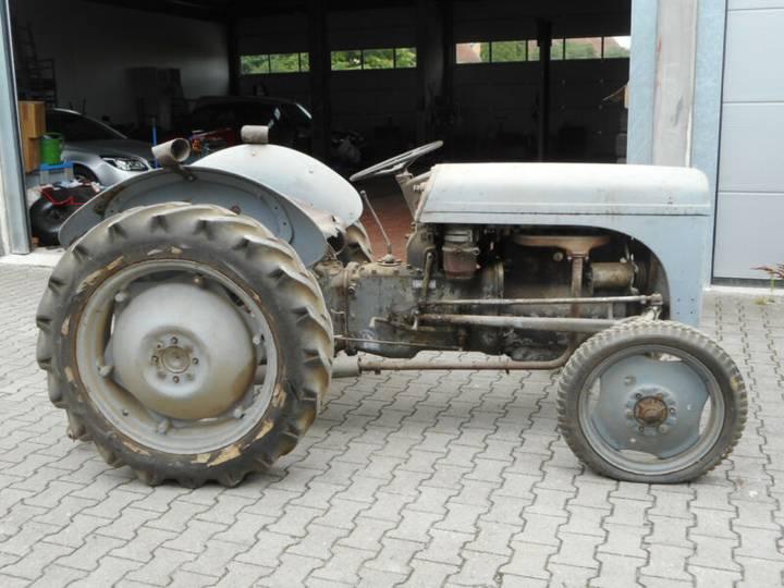 Massey Ferguson TEF - 1956 - image 2