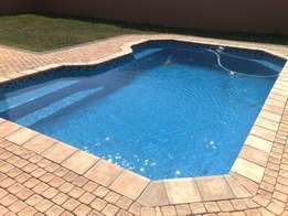 New Swimming pool & Repair Specialists