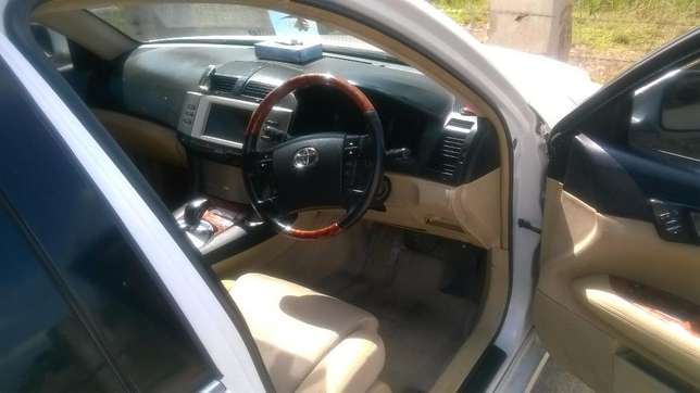 Mark X for Sale. Very Clean Car Imara Daima - image 6