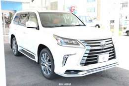 LEXUS LX 570 brand new 2017 call me for TERMS