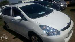 Toyota wish super clean