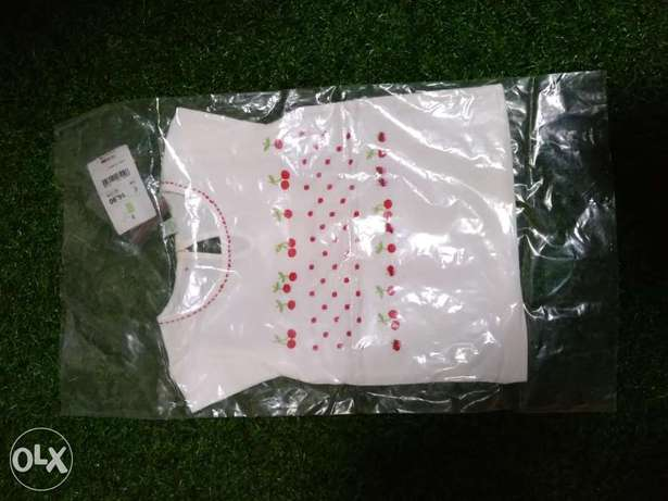 New blouse 18/24 and 24/30 60 pcs just for 10,000 each