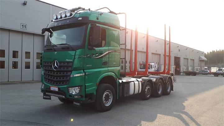 Mercedes-Benz Arocs - 2015
