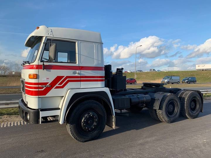 MAN 26.281 6x4 Tractor Head (26 units available) - 1986