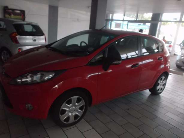 Pre Owned 2012 Ford Fiesta 1.6 Johannesburg - image 2