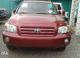 Tokunbo Toyota Highlander 3 Rows With 98k Miles