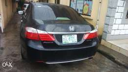 Neatly used Honda accord 2014 bought brand new with reverse camera