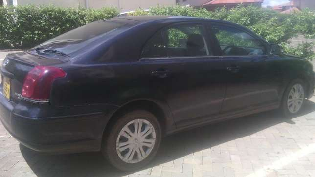 Lady owned Toyota Avensis for Sale! Embakasi - image 4