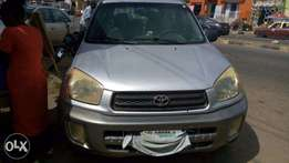 Super Clean First Body Clean 2003 RAV4 with DVD PLAYER For Give Away