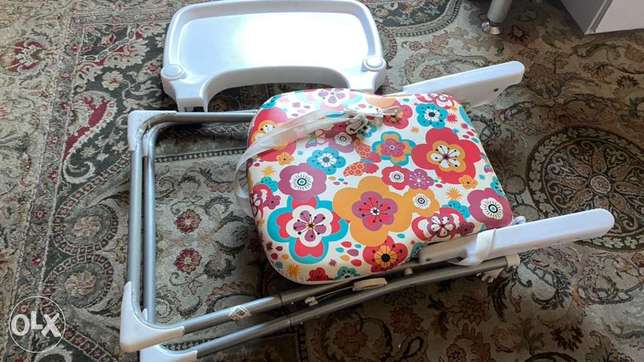 Multicolor babies foldable high chair الدمام -  5