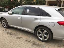 Sliver colour 2009 Toyota Venza Foreign Used
