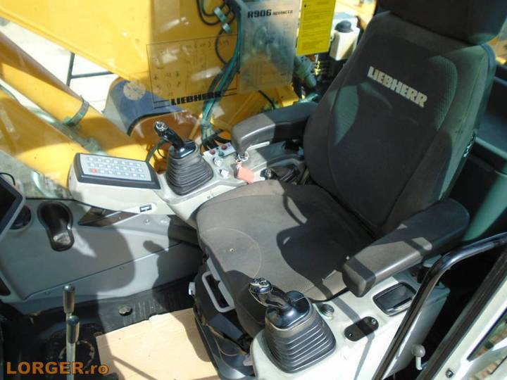 Liebherr R 906 Lc - 2011 - image 8