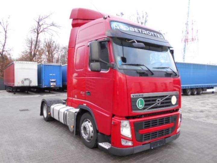Volvo FH 13 500 EEV Low Deck Mega: 11/2010 - 2010