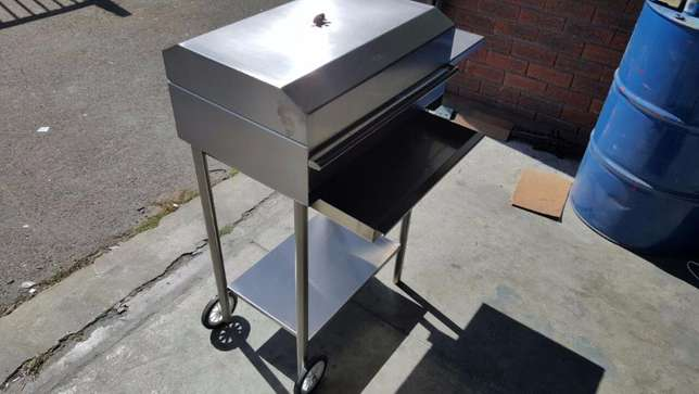 Stainless steel braais Ottery - image 1