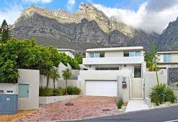 3 Bedroom Luxury Furnished Home in Camps Bay - Cape Town
