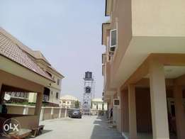 3bedroom apartment located at mabushi by Mobil filling station