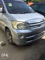 Toyota Noah 7 seater kept clean on quick sell