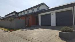 3bedroom townhouse in an estate in ben fleur with 24hour security