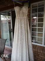 Vintage Kobus Dippenaar wedding dress
