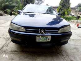 Briefly used blue Peugeot 406 for urgent sale.