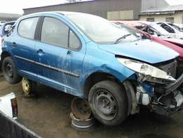 2006 Peugeot 207 - Stripping for Spares