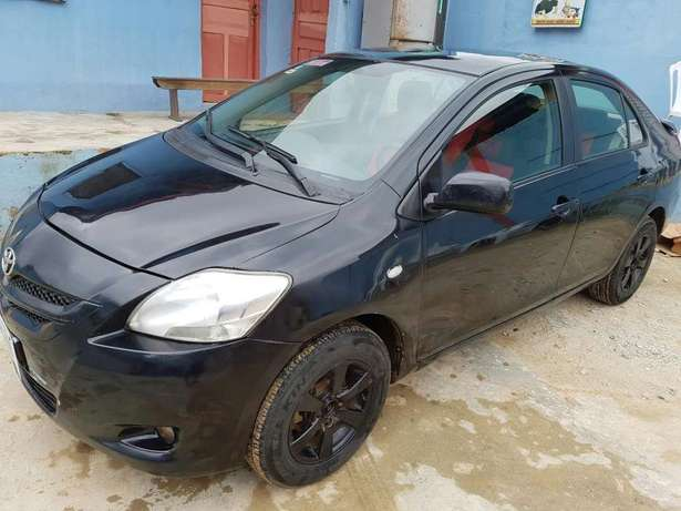 Urgent Sale Toyota yaris 07/08 for sale Kosofe - image 3