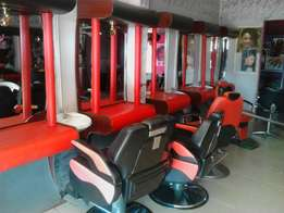 Saloon With Strategic Location, Already Established For Sale
