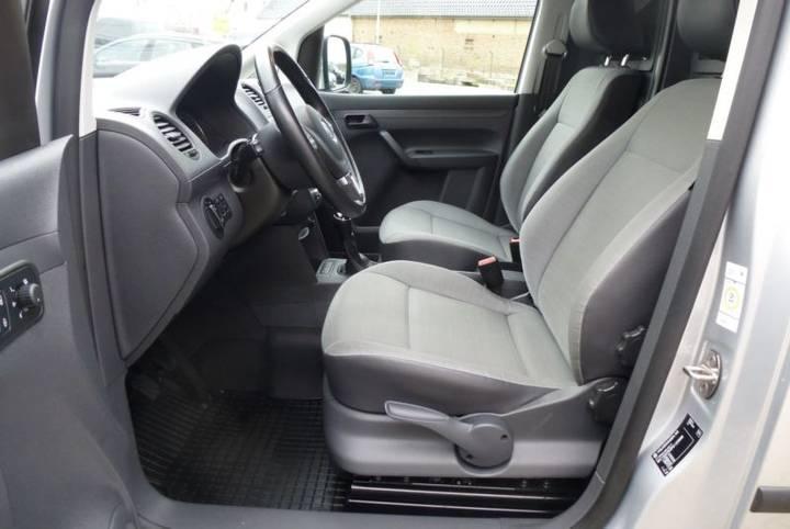 Volkswagen Caddy 1.6 TDI Kasten KLIMA SHZ TOP Zust. - 2015 - image 8
