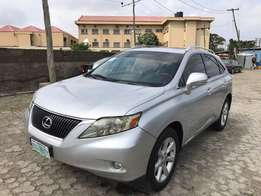 GET IT!! 2010 Lexus RX 350