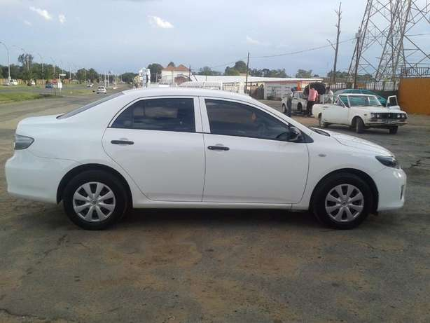 2014 Toyota Corolla 1.6 Quest For Sale R135000 Is Available Benoni - image 2