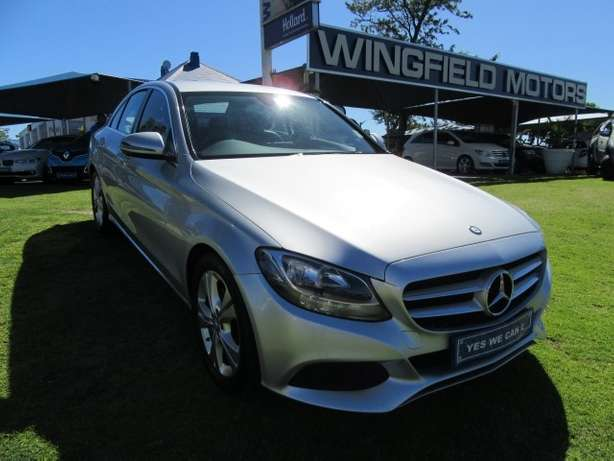 Mercedes Benz C180 A/T- Make your statement... Kuils River - image 1